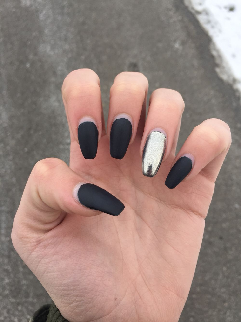 Black Gel Nails With One Silver Glitter Nail: #matte #black #coffin #chrome #gel #nails