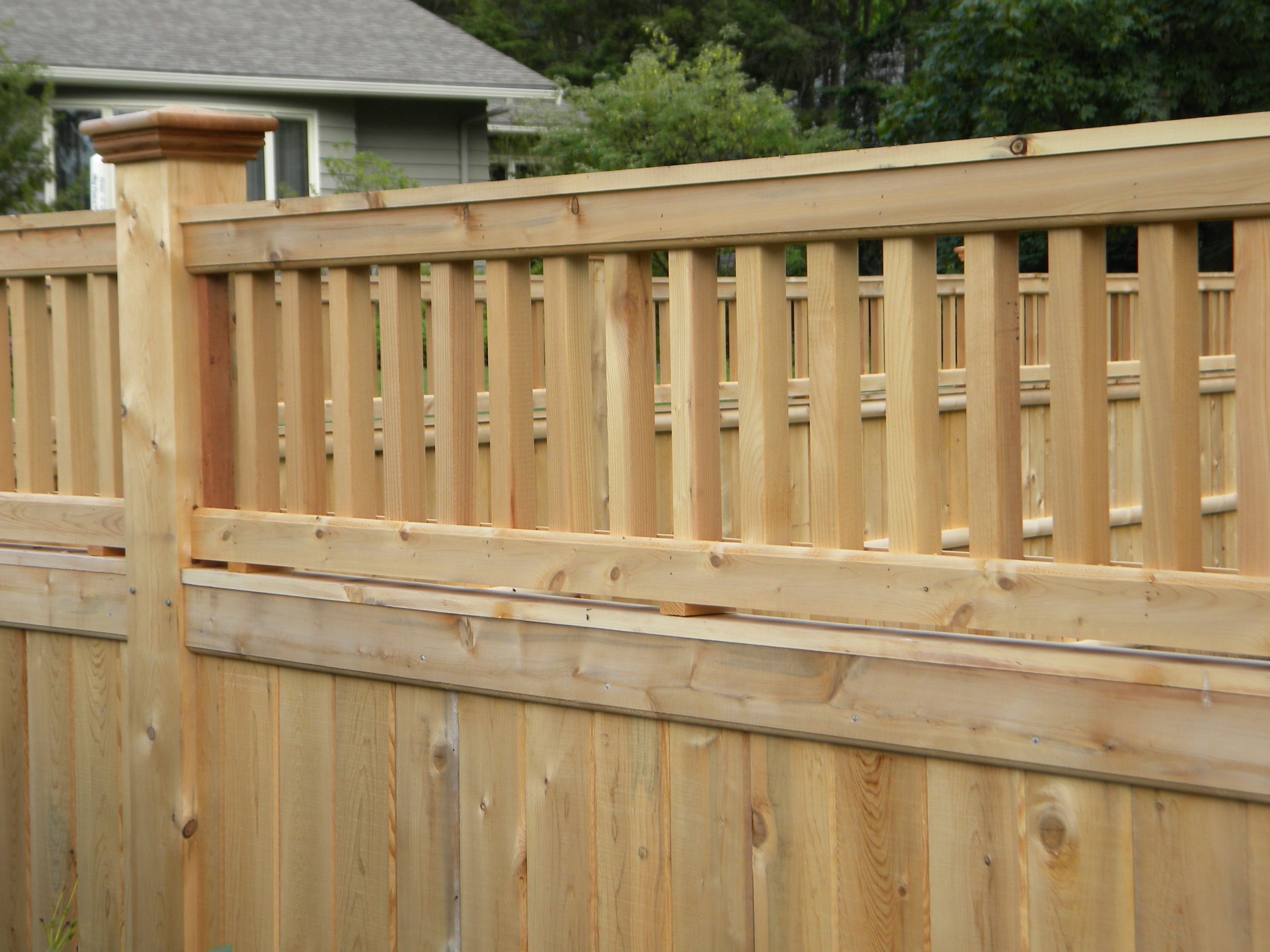 inexpensive alternative design for craftsman style privacy fence