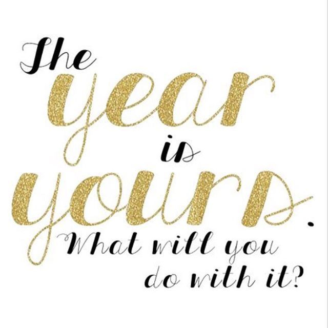 Happy New Year! It's a brand new year and a fresh start, make it a good one!❤️