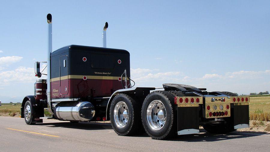 Flat Top Peterbilt Show Trucks