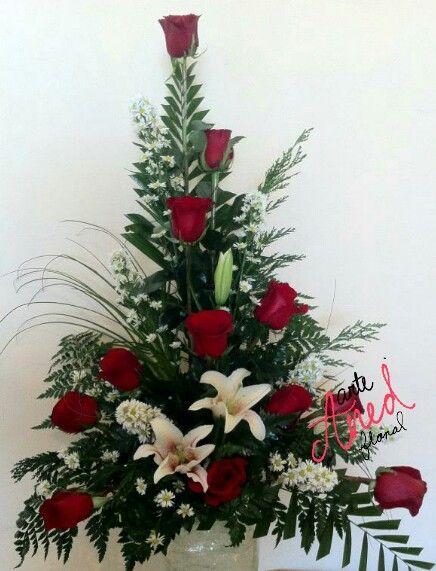 12 Rosas Y Lilis Flower Arreglos Florales Diseño Floral