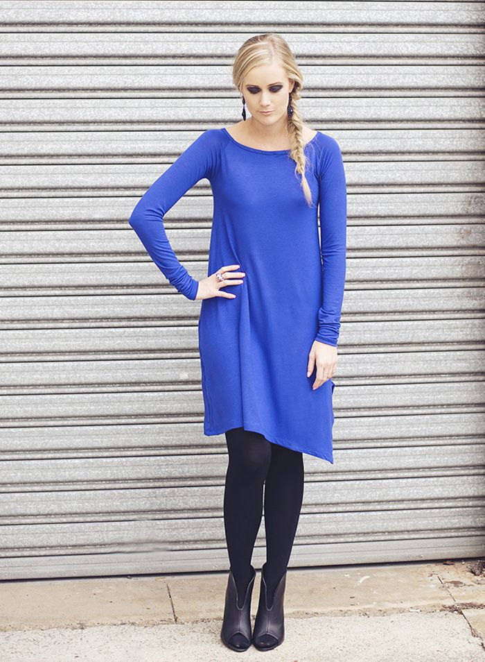 Cobalt blue always stands out #gorgeous #cobalt by @JANIN Australia