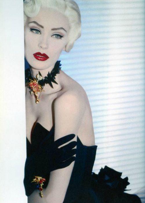 olga pan†ushenkova ~ †hierry mugler's book, fashion fe†ish fan†asy ♥ hautecouture #excess #opulence #supermodel #olgapantushenkova #platinum #blonde #female #model #thierrymugler #couture #beauty #fetish #fashion #fantasy #portrait #gorgeous #serene