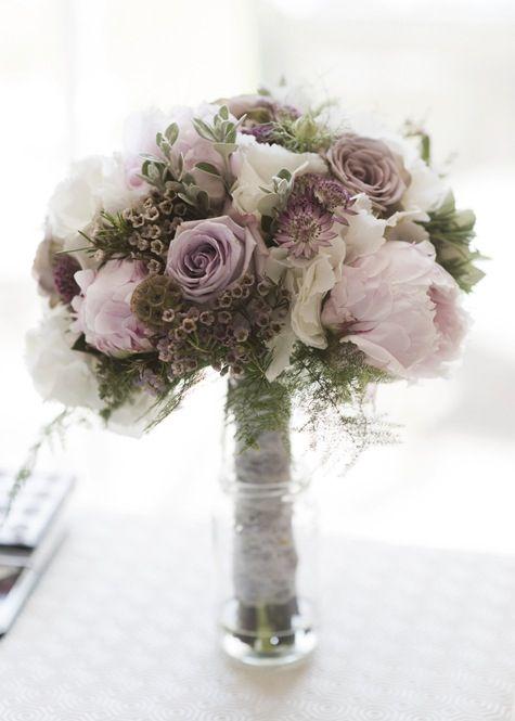 1940's style wedding bouquet