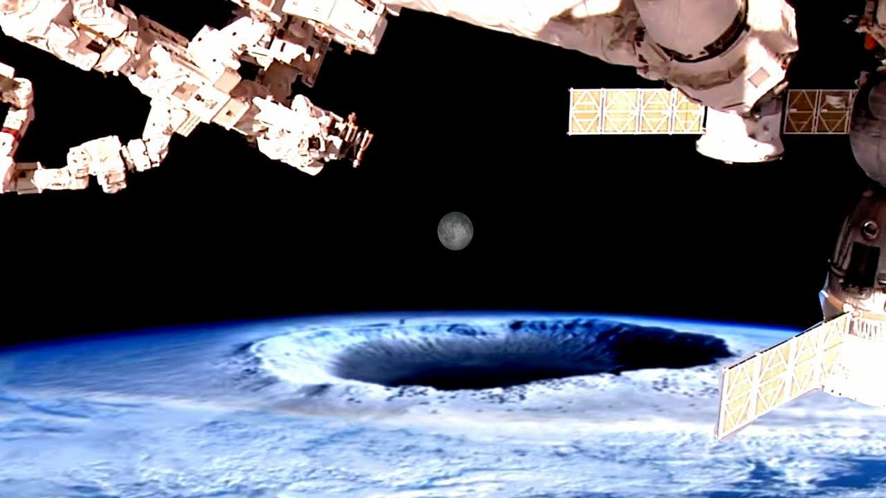VIDEO Hollow earth entrance captured by NASA international space station