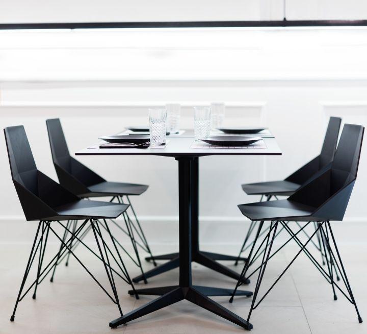 Blanc i Negre bar restaurant by Ramón Esteve Estudio, Ontiyent – Spain » Retail Design Blog