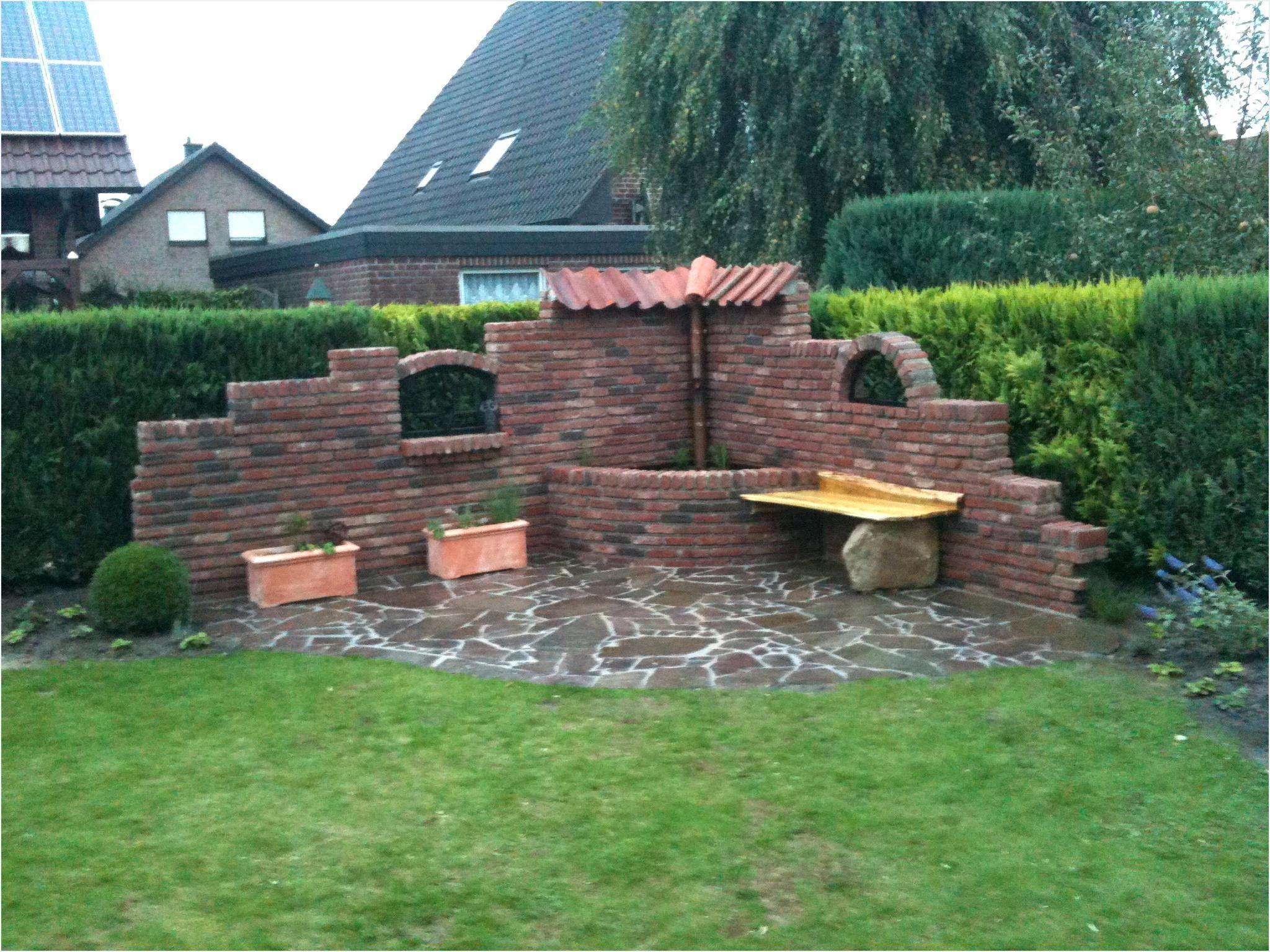 Ruinenmauer Im Garten Steinmauer Garten Ruinenmauer Gartenmauern