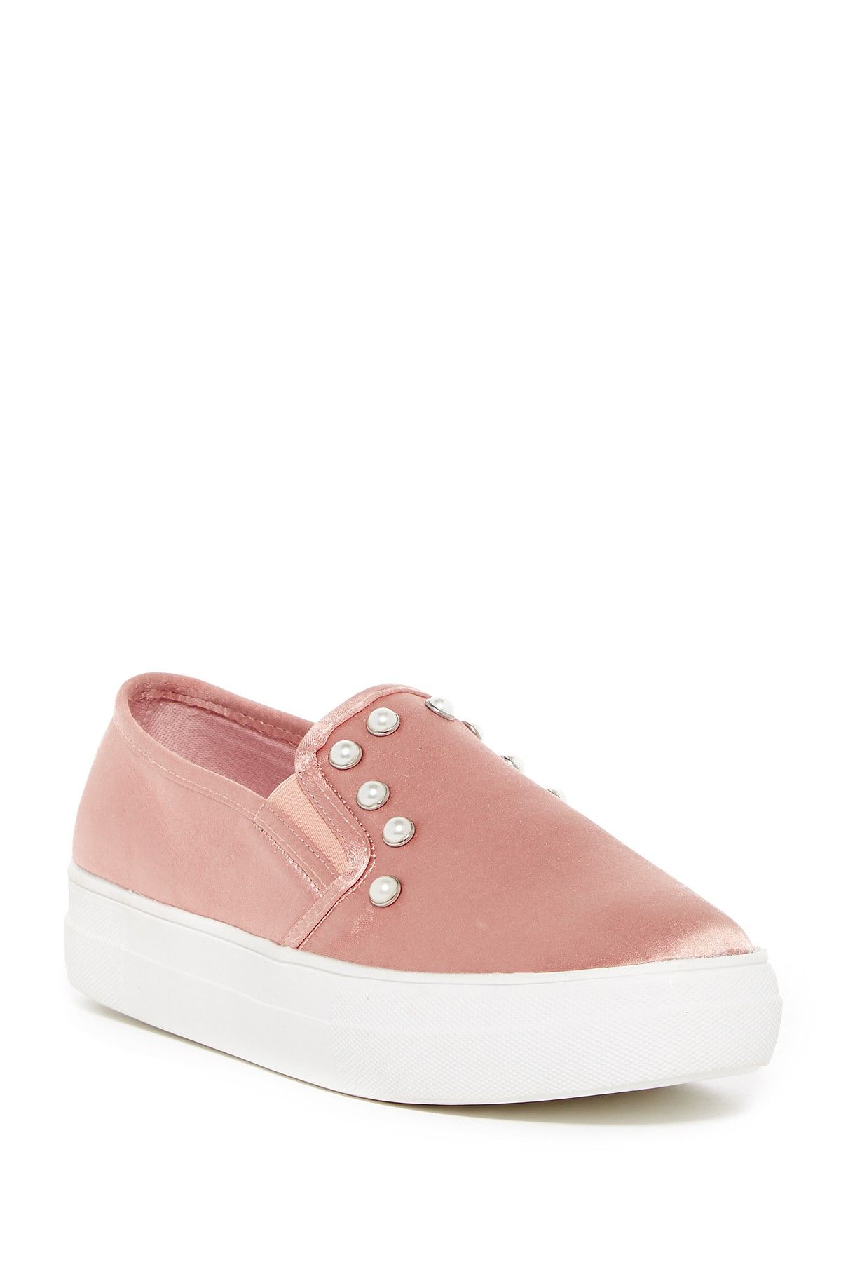 6488bf36098 Geri Slip-On Sneaker Street Style Women