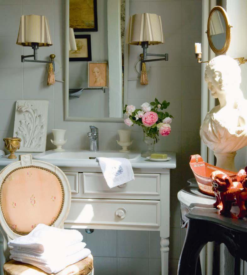 d co salle de bain romantique 33 id es pour tous les. Black Bedroom Furniture Sets. Home Design Ideas