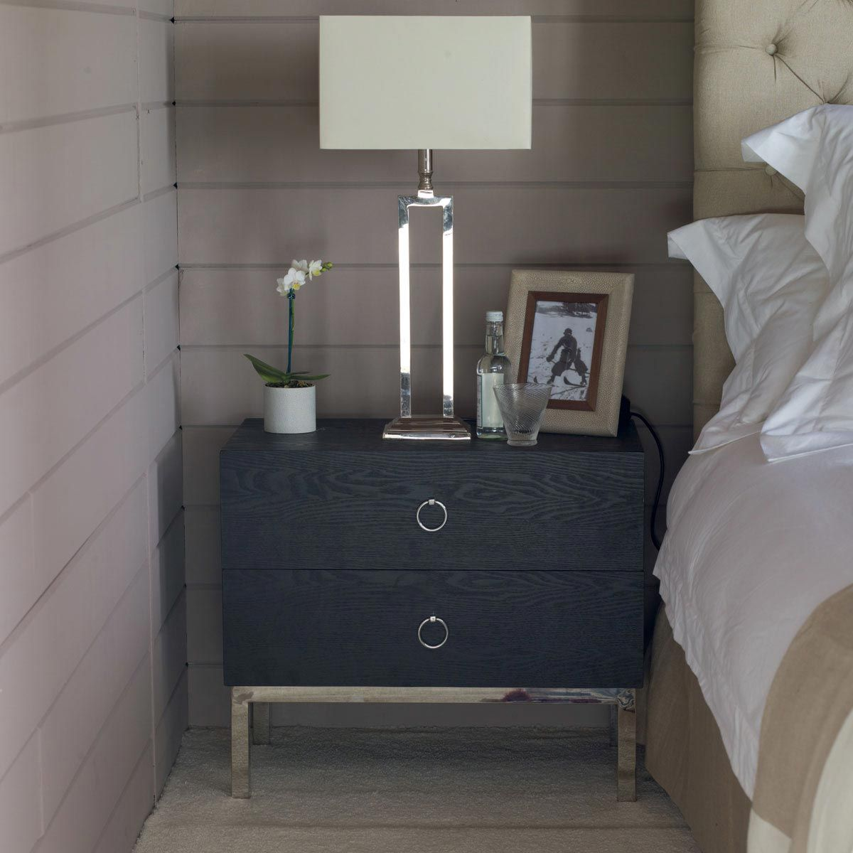 Best Mercer Bedside Chest Of Drawers Chest Of Drawers 400 x 300