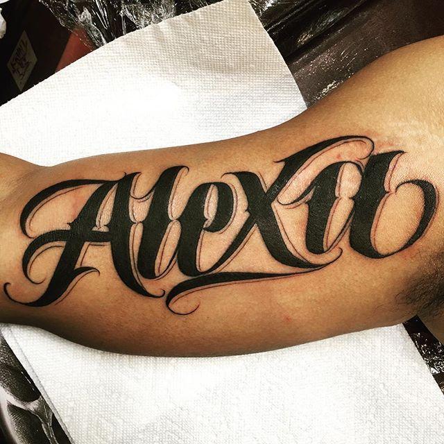фото тату на имя алексей какие красивые