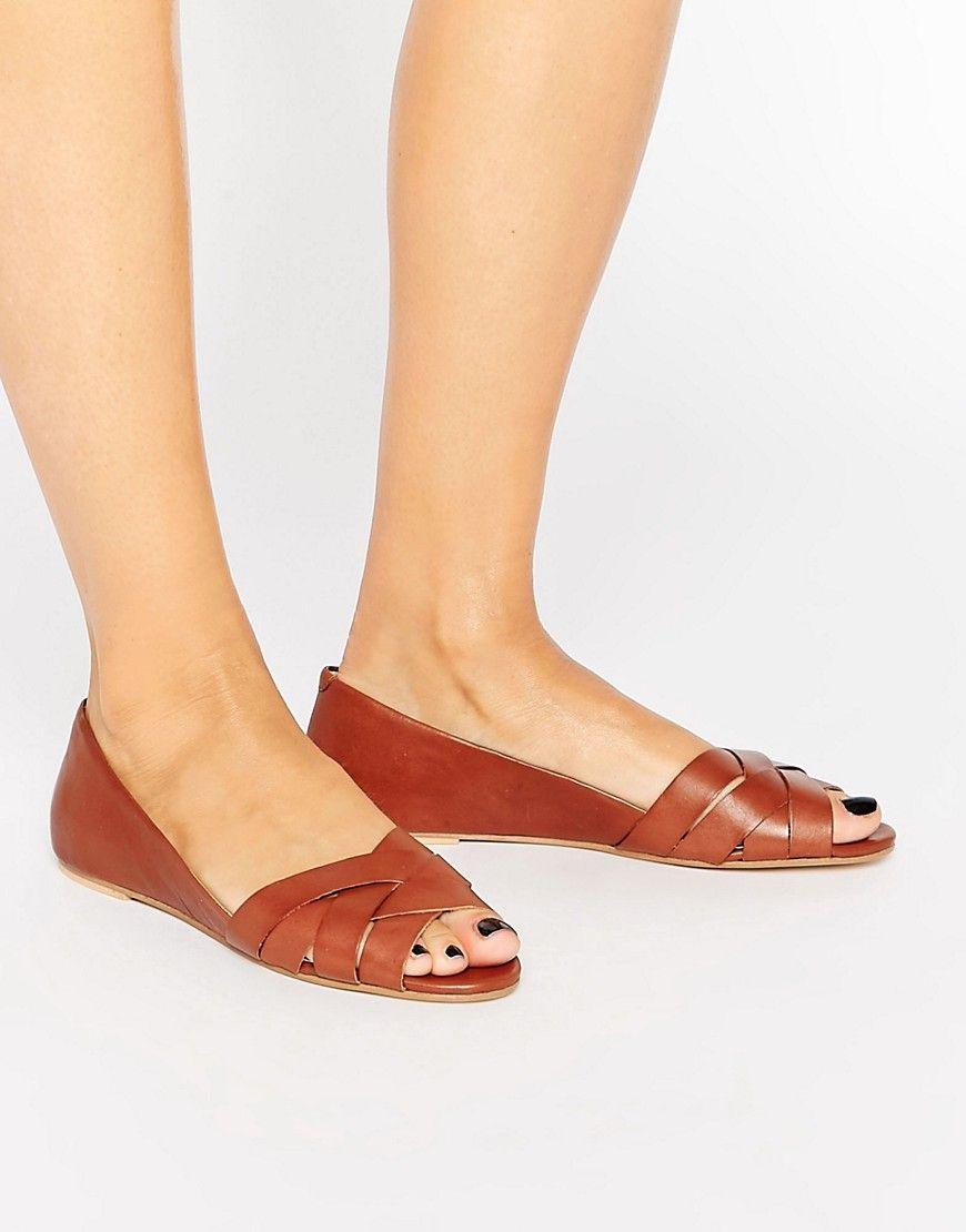 reputable site dfaa2 d2f87 Oasis – Flache Schuhe mit geflochtenem Leder und Peeptoe ...