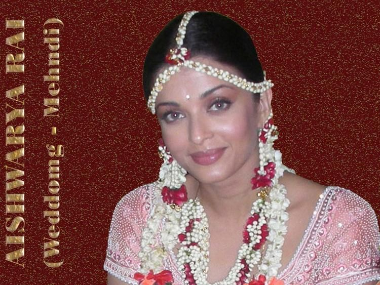 Flower Jewellery For Mehndi : I have recently come across some very beautiful and creative designs
