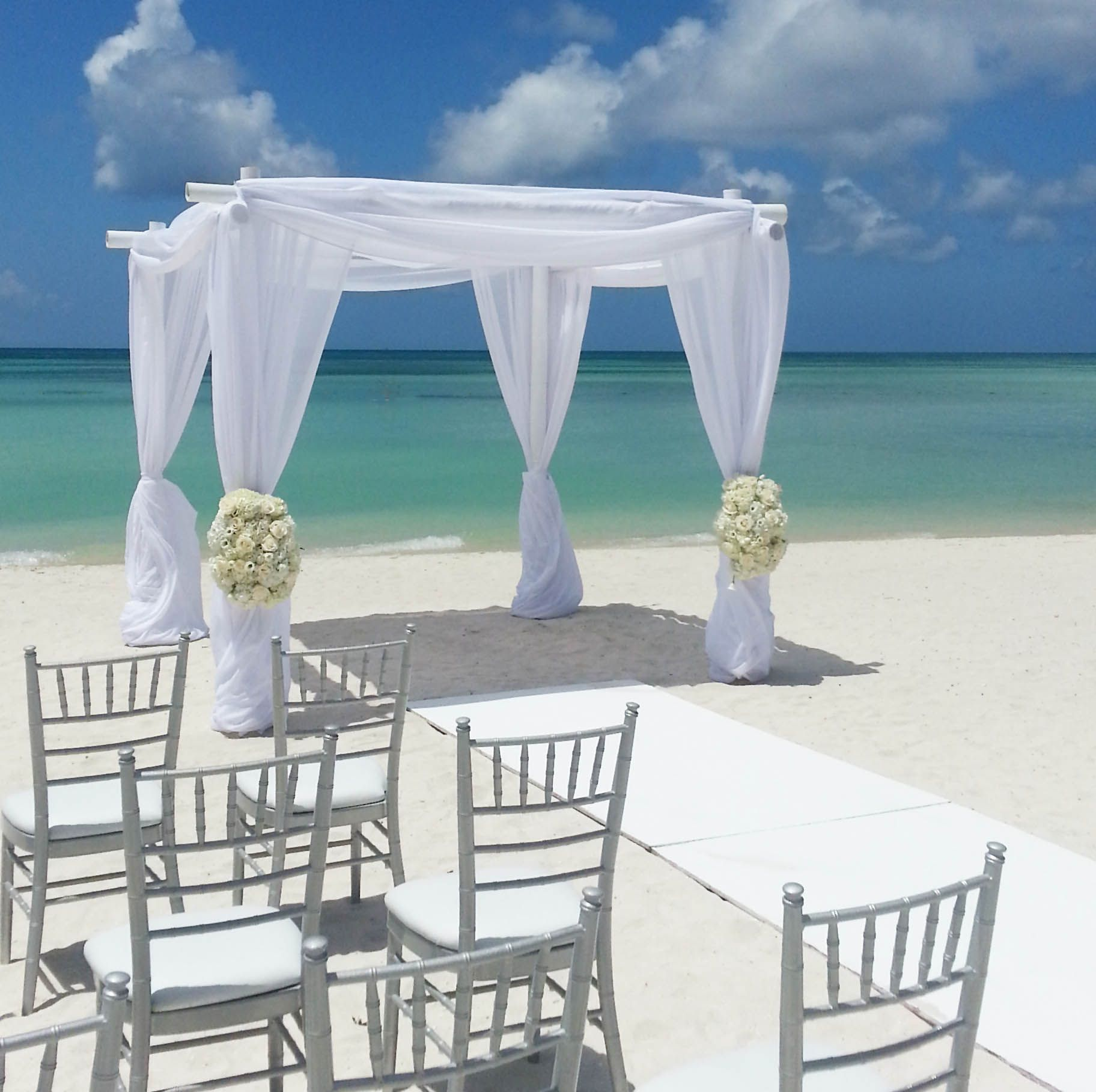 Beach Wedding Flower Ideas: The Ritz-Carlton Aruba Beach Wedding Decoration #flowers