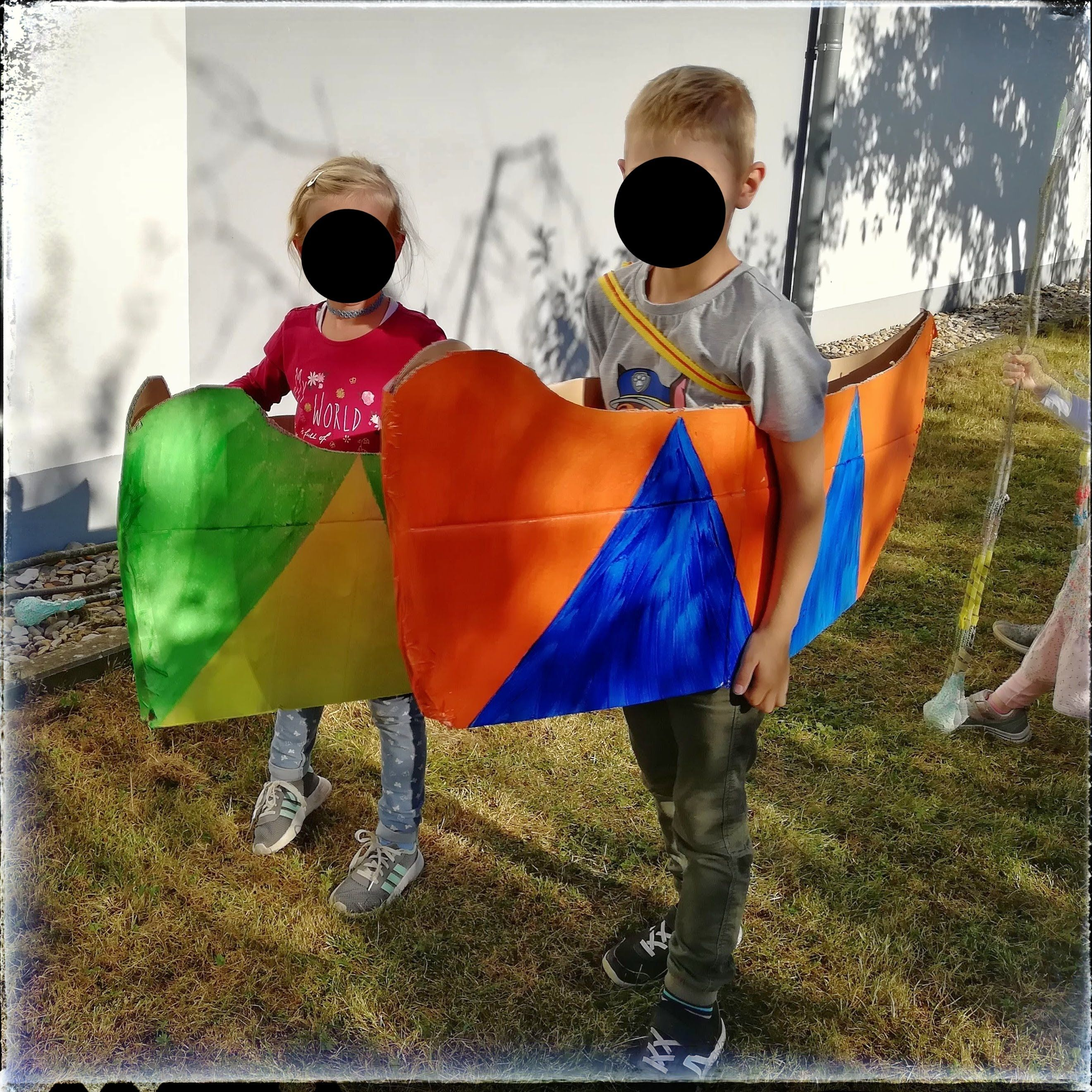 Kindergeburtstag Indianer Grosses Powwow Bei Krummer Bach Von Knall Bis Bunt In 2020 Kindergeburtstag Kinder Indianer