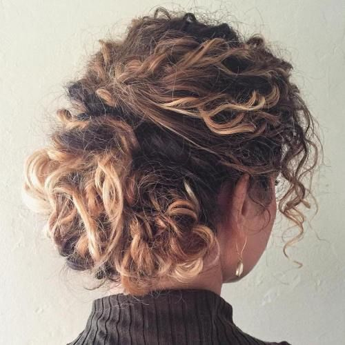 Photo of 60 Styles and Cuts for Naturally Curly Hair
