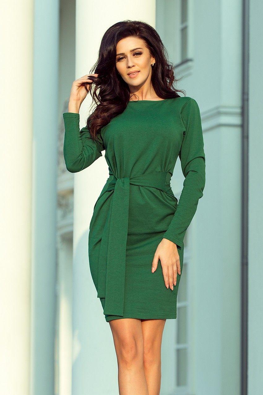 a399e69938 Elegancka sukienka z wiązaniem w pasie podkreśla kobiece kształty 😍 kolor  zielony najmodniejszy w tym sezonie. Polecamy 😊