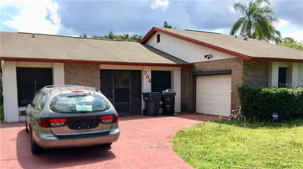 704 Wood Lane Poinciana Fl 34759 For Sale Re Max Florida Room Real Estate House Prices