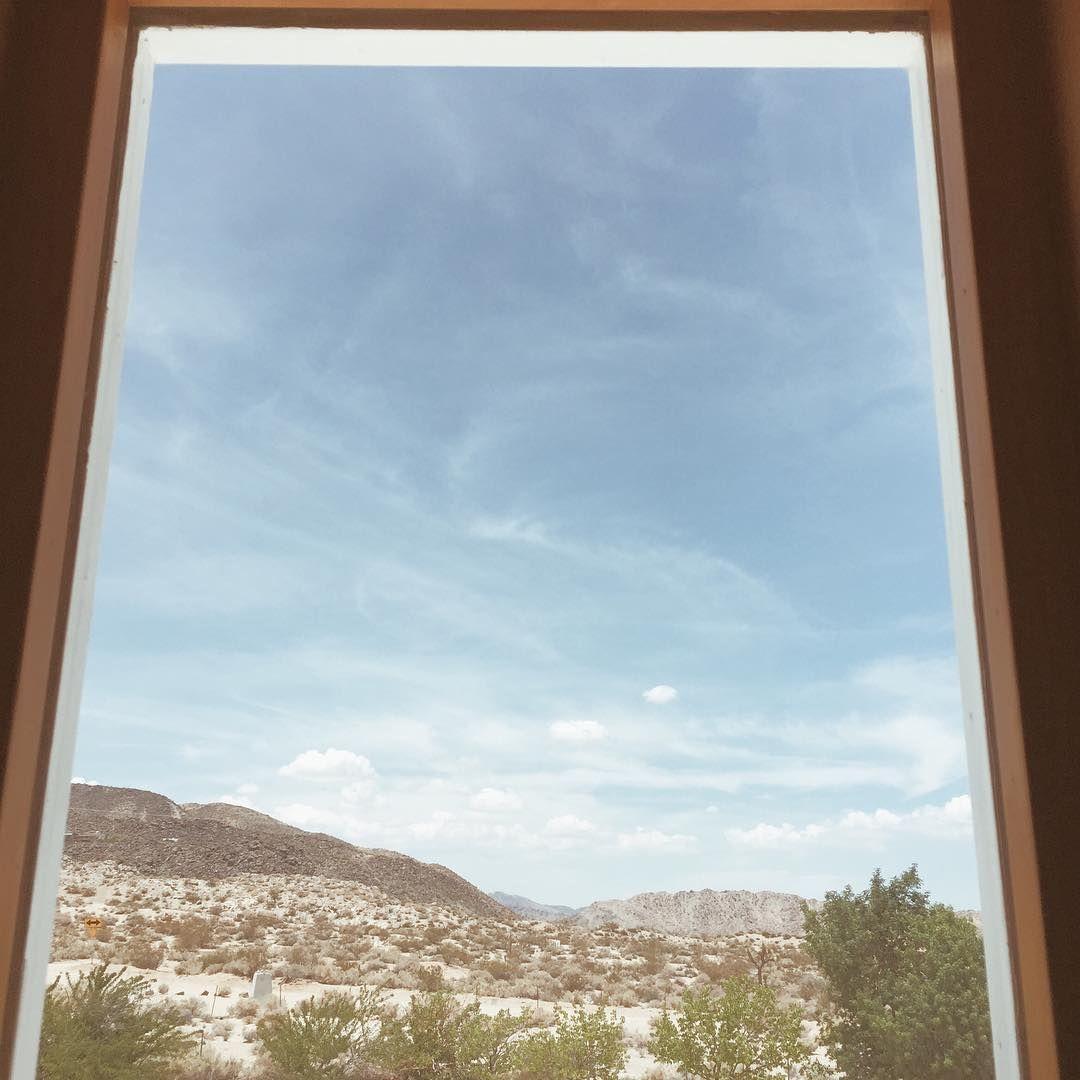 Desert views by @mgracejewelry on Instagram