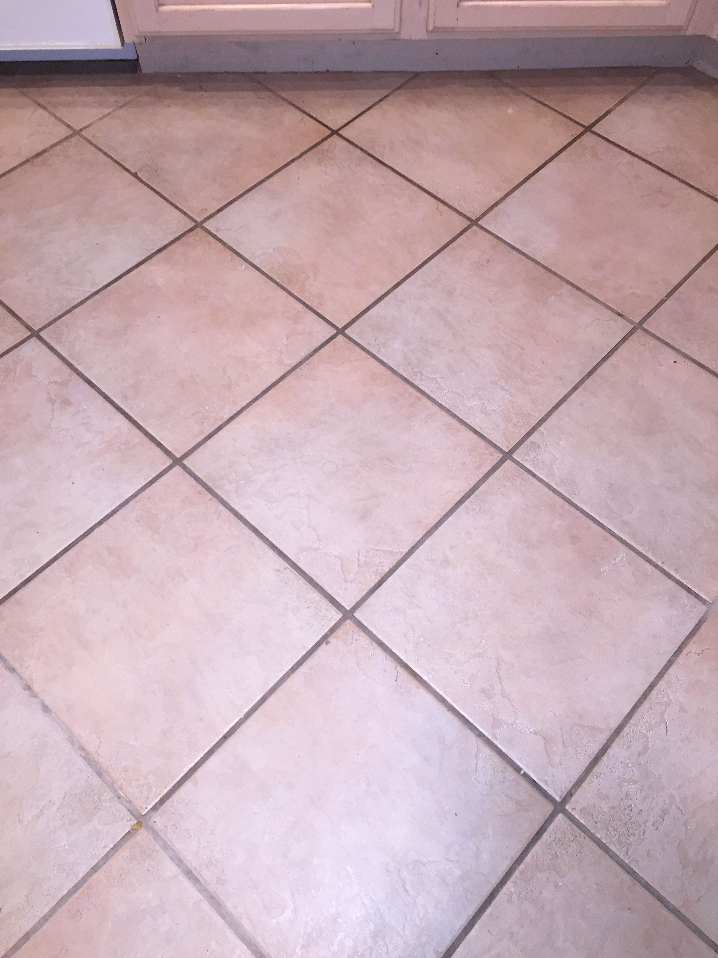 10 Ways Of Home Remedy For Cleaning Bathroom Tile Grout In A Minute Cleaning Bathroom Tiles Grout Cleaner Bathroom Cleaning