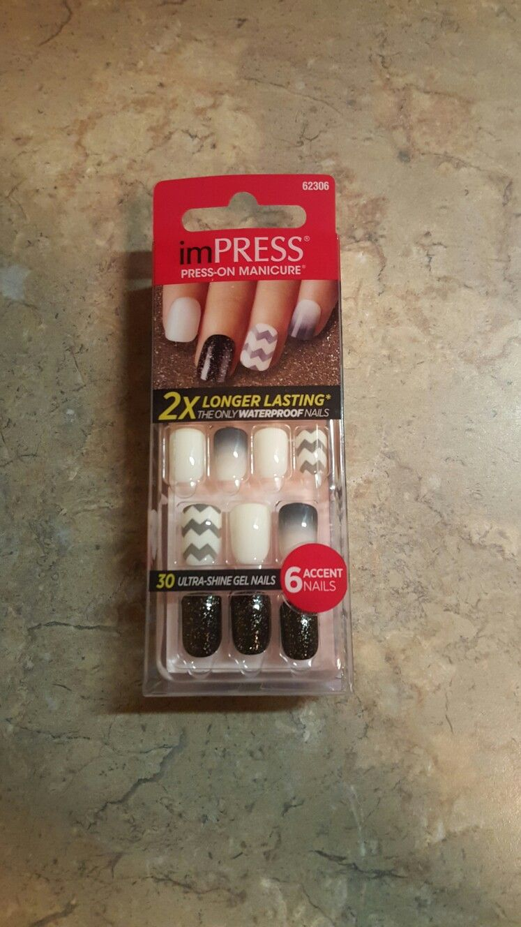 Impress press on manicure nails my style pinterest - Brand New Impress Press On Nails With Ombre Chevron And Glitter