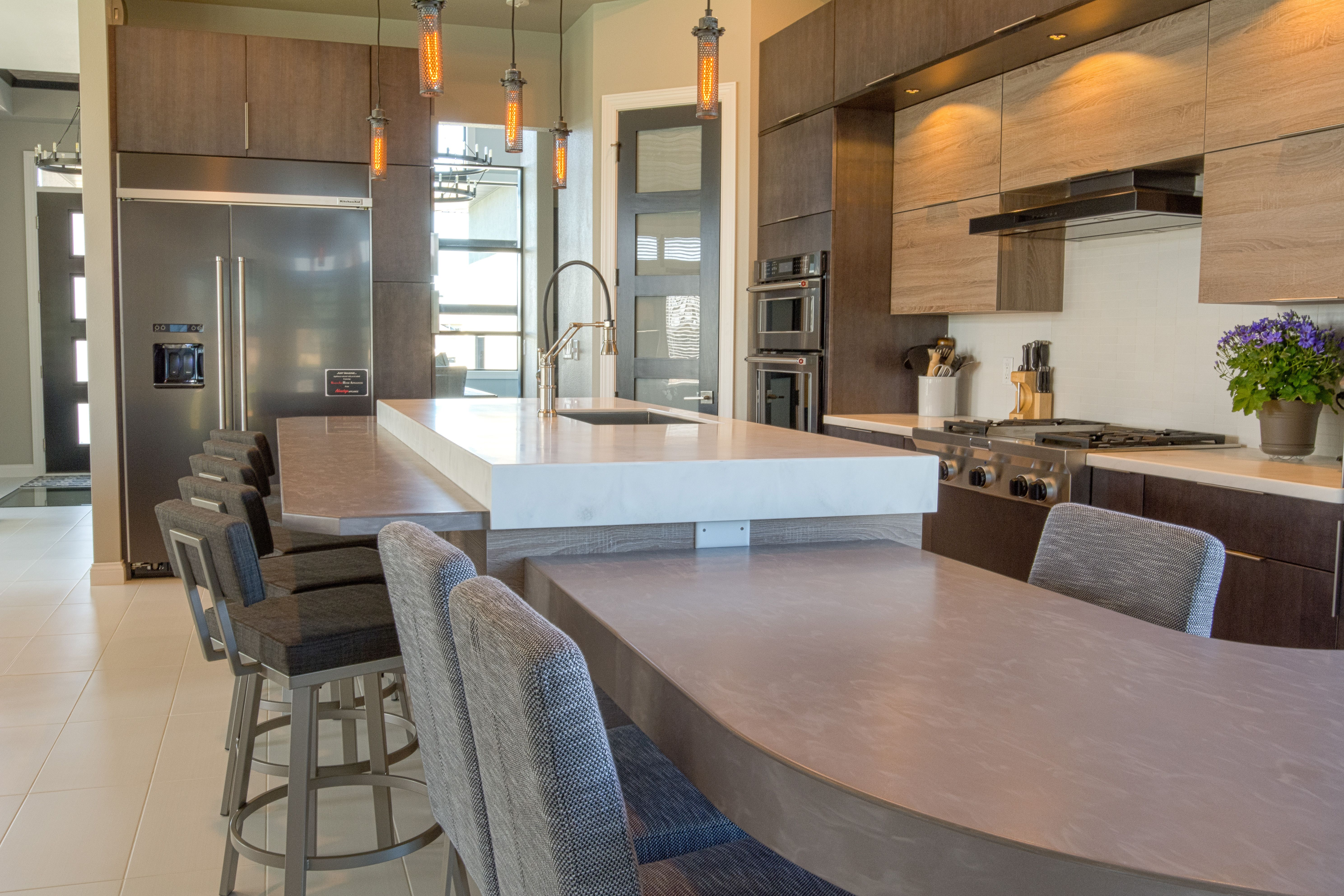 Rustic Modern Kitchen W Unique Corian And Wilsonart Solid Surface Countertops Countertop Material Brand Color Desert