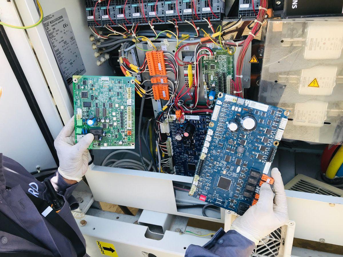 SIOB board carrier chiller hvac cool in 2020 Hvac