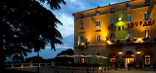 Hotel brufani palace toscana umbria small luxury for Leading small hotels