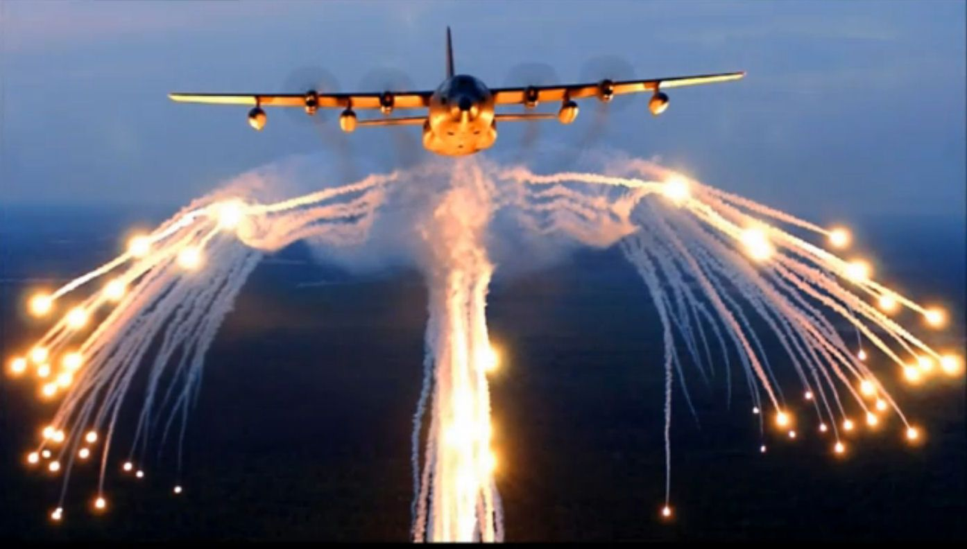 Flight 2 Ac 130 Gunship Aircraft Military