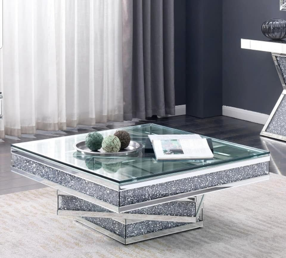 Diamond Crush Sparkle Mirrored Dining Table Round Marseille Item In Stock For Pre Xmas Delivery Furniture Of America Furniture Coffee Table [ jpg ]