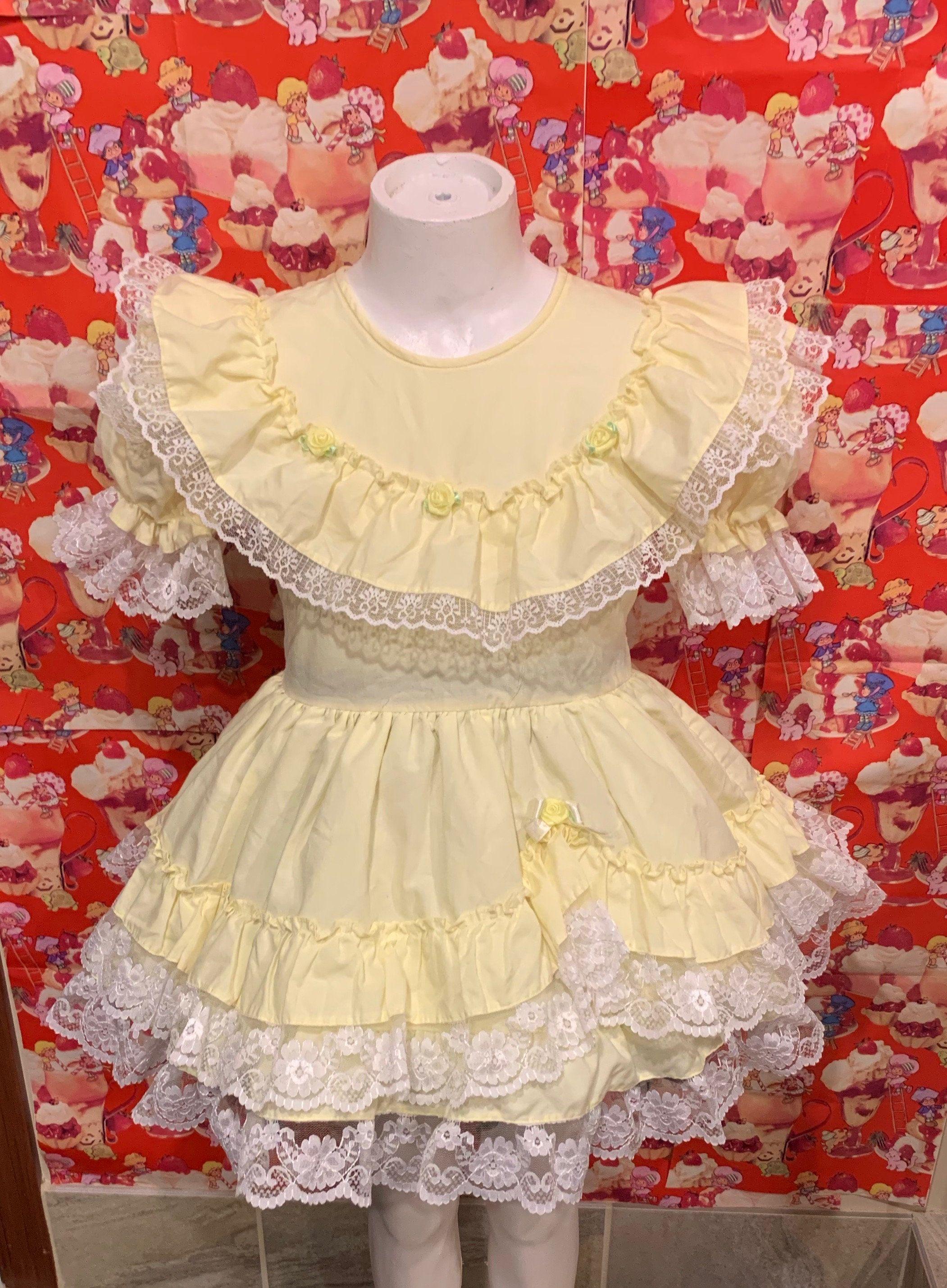Yellow Ruffle Dress 4t Etsy 4t Dress Ruffle Dress Vintage Kids Clothes [ 2859 x 2102 Pixel ]