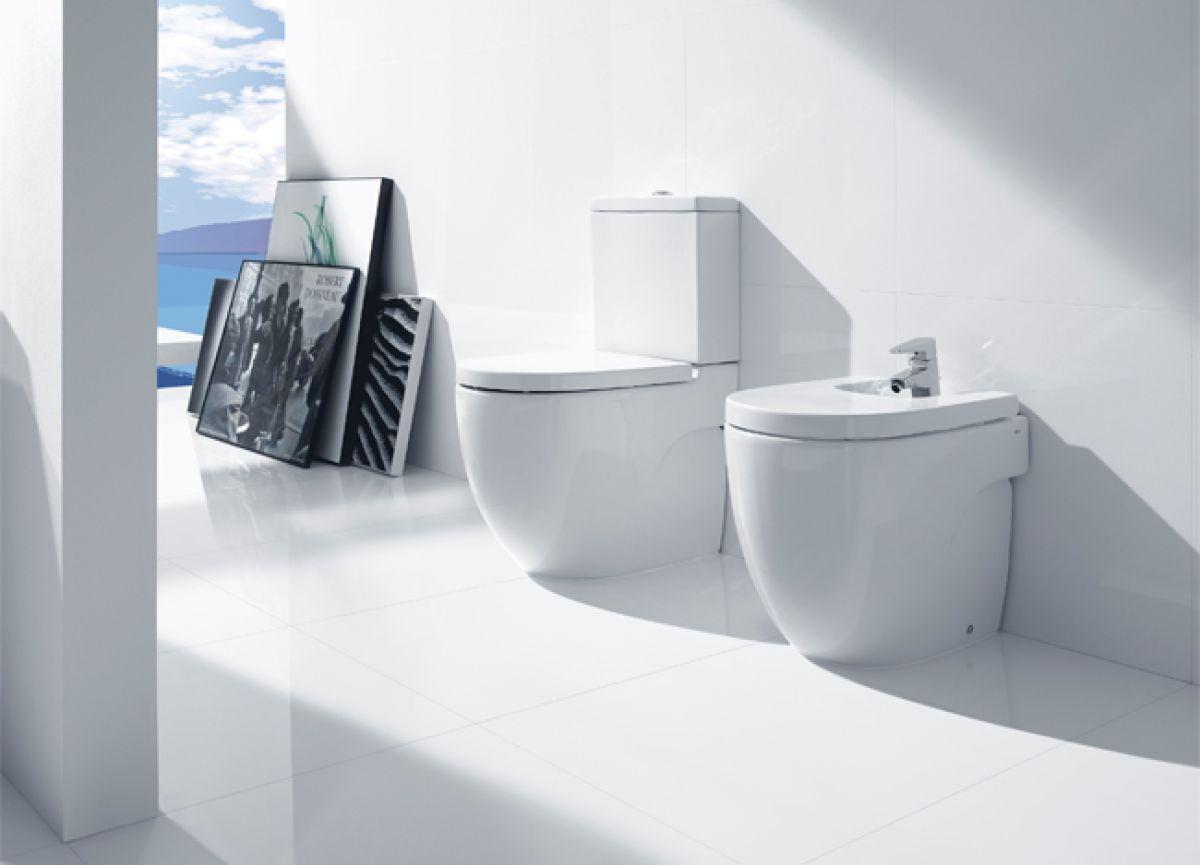 Roca Meridian N Compact Floorstanding Bidet 357247000 Bidet Bidet Cover Bathroom