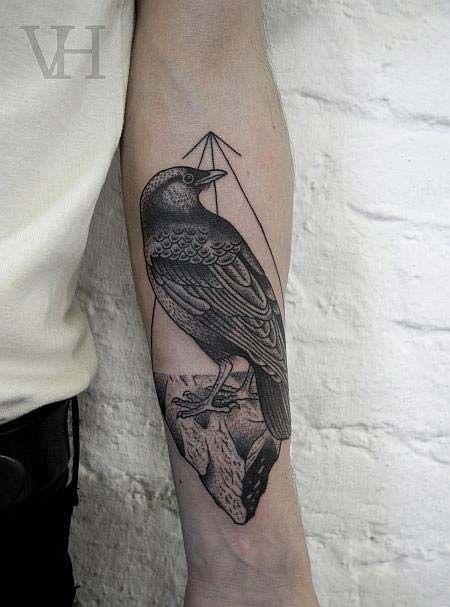 tatouage oiseau et ligne d 39 horizon avant bras tatoo tattoos black tattoos et body art tattoos. Black Bedroom Furniture Sets. Home Design Ideas
