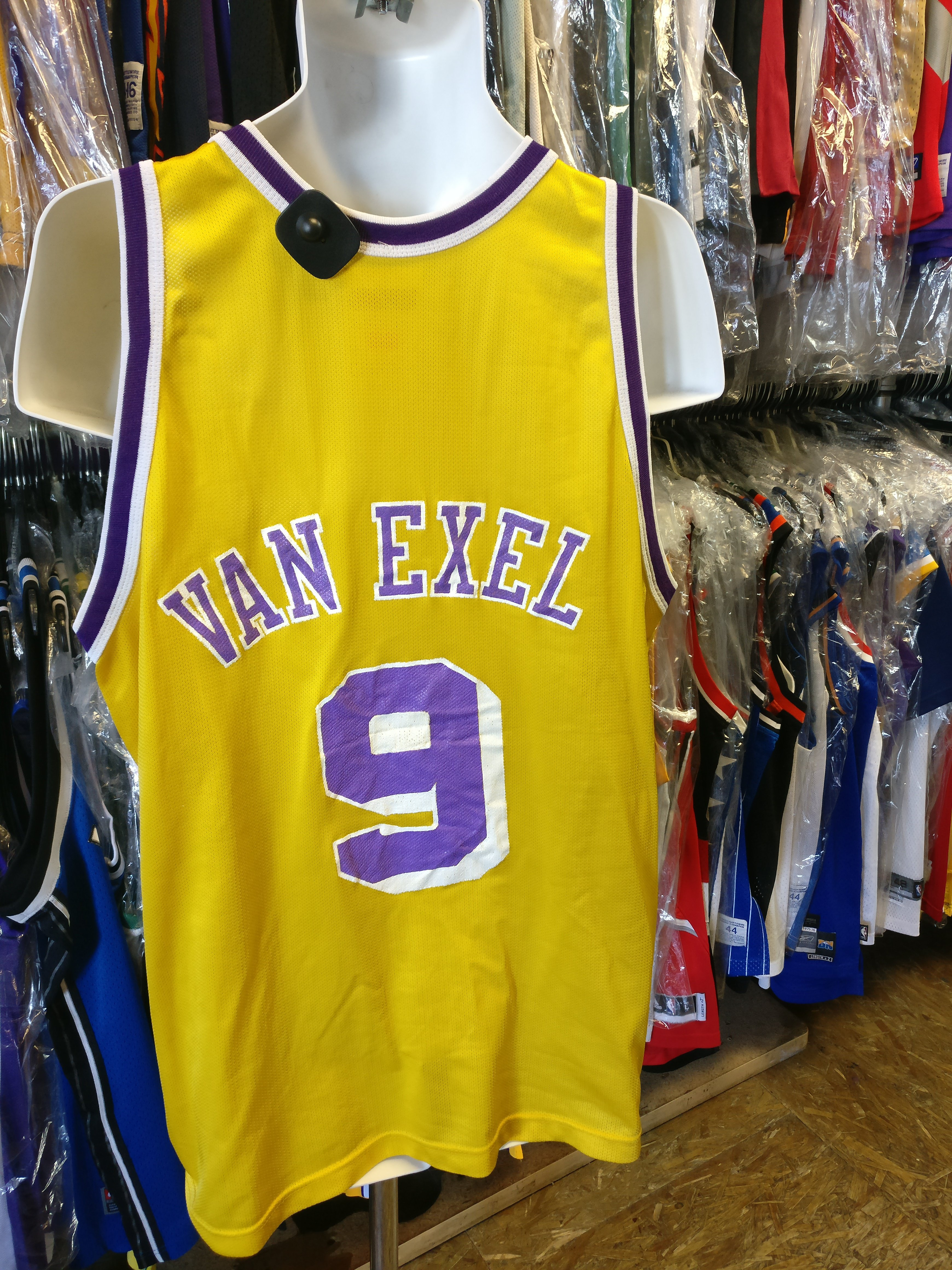 04edee800 Vintage  9 NICK VAN EXEL Los Angeles Lakers NBA Champion Jersey 48 ...