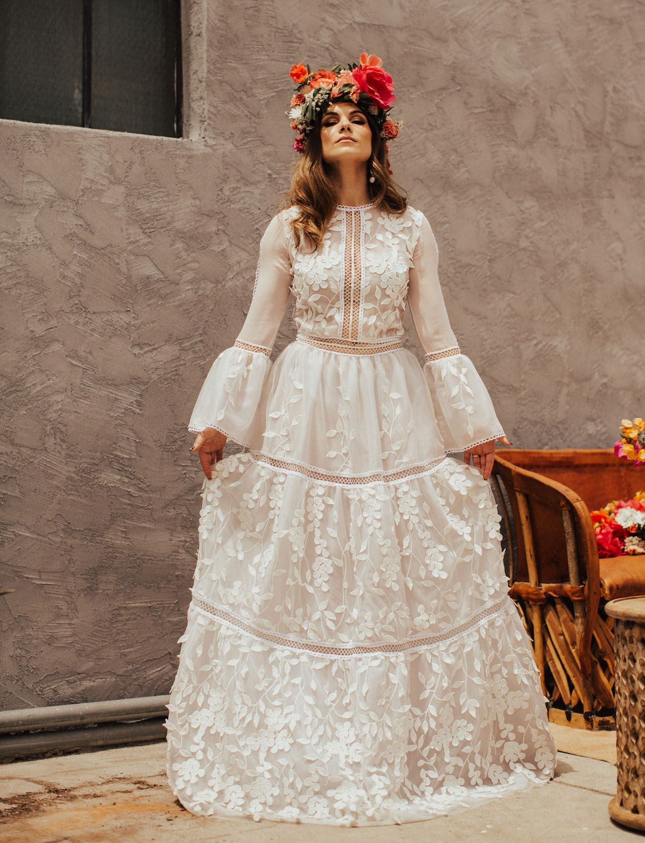 Culture color collide in this mexicaninspired wedding