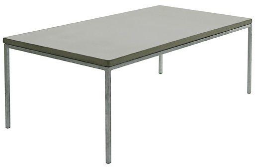 Concrete sofabord. Bearbeidet betong i fargen natural. Dimensjoner: D60 x L120 x H43cm. Kr. 6900,-