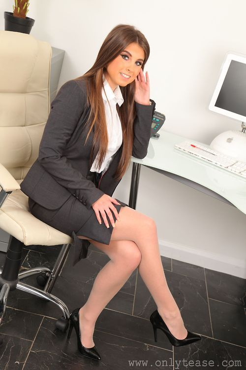 Secretary Loves Her New Job And Will Do Anything To Keep