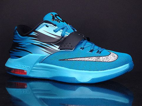 Nike KD 7 Light Lacquer Blue Available The next Nike KD 7 to drop is midway
