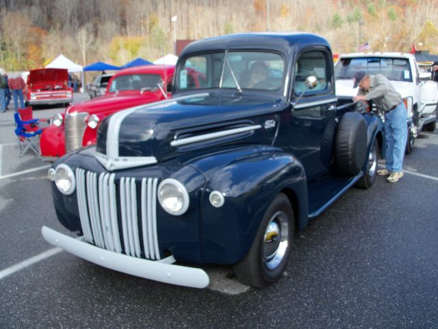 1947 Ford Pickup Classic Pickup Trucks Old Pickup Trucks Ford