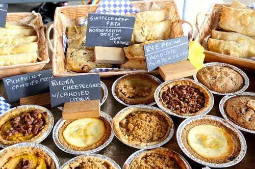 Pie Corps Display At New Amsterdam Market The York Street Food Guide Bunch Of Truck S Restaurants From Hostel Website