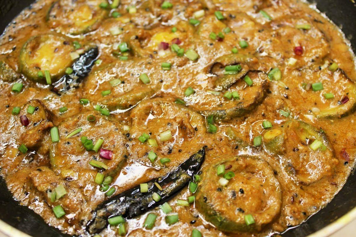 Ridge Gourd Teekha Masala Curry by Teekha Tadka
