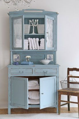 buffet antikes buffet k chenschrank im shabby chic lifestyle interior pinterest shabby. Black Bedroom Furniture Sets. Home Design Ideas