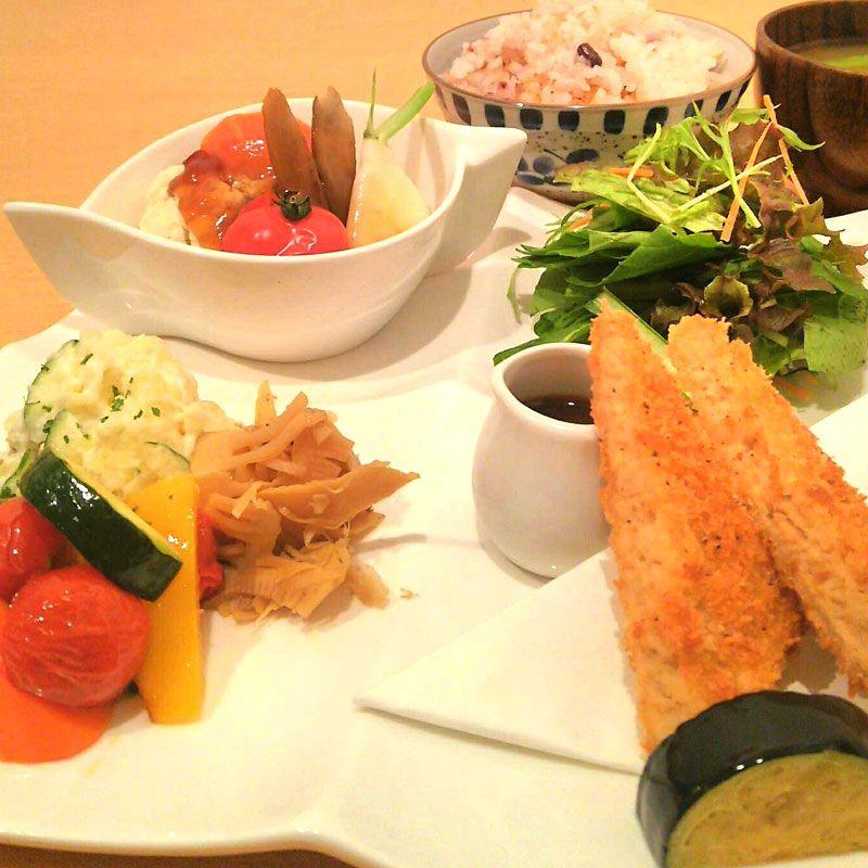オーガニック・カフェ&レストラン ひつき屋organic café & restaurant ひつき屋