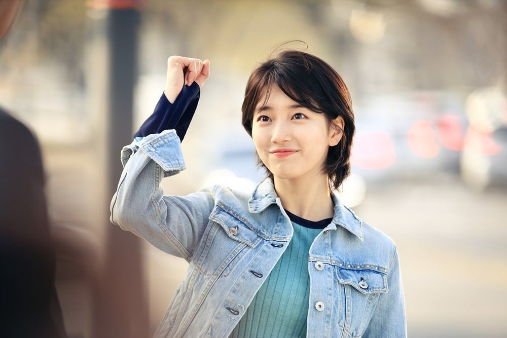 "Suzy Shows Off Her Short Hair In ""While You Were Sleeping"" Stills ..."