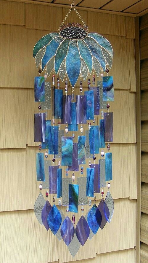 This Reminds Me Of The Japanese Wind Chimes My Mother Had They Made A Lovely Tinkling Sound Cs Glass Wind Chimes Wind Chimes Glass Windchimes