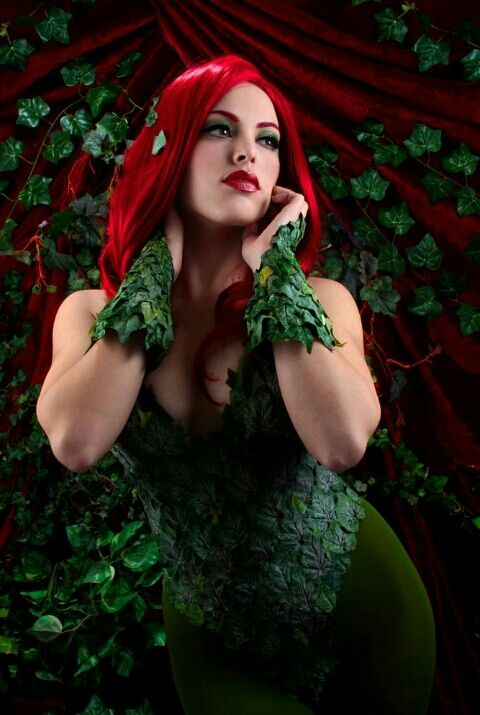 Recycle Reuse Renew Mother Earth Projects How to Make a Poison Ivy Costume. I want this wig  sc 1 st  Pinterest & Poison Ivy | The Gotham Sirens | Pinterest | Poison ivy Cosplay and ...