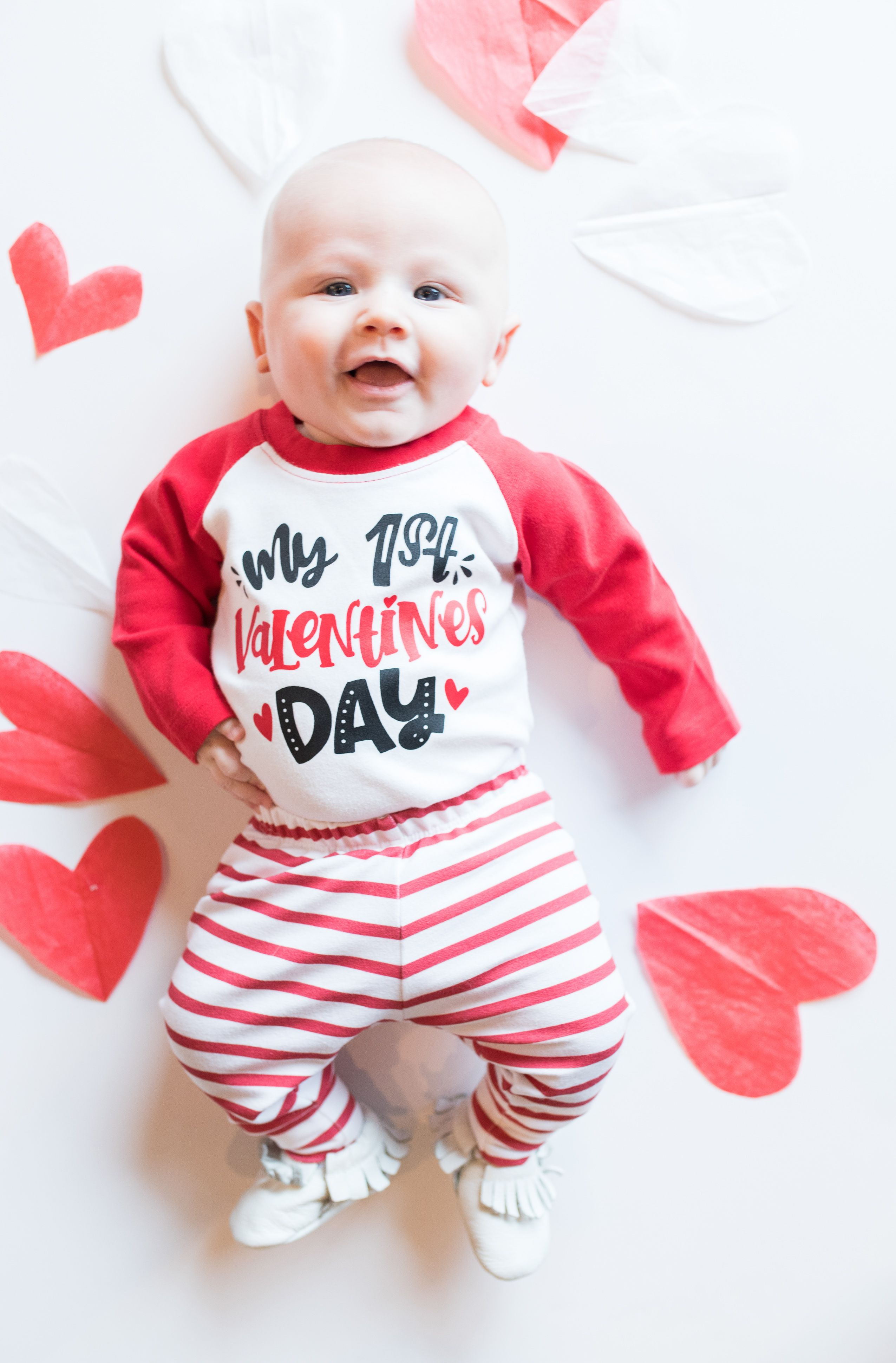 f48a9b1d43102 Cute 1st Valentine's Day outfit Valentines Day Baby, Valentines Day  Pictures, Valentine Picture,