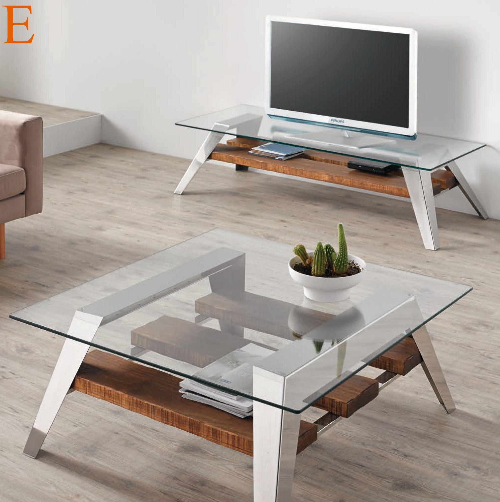 Conjunto estilo nórdico compuesto de mesa de centro 90 x 90 cm. y ...