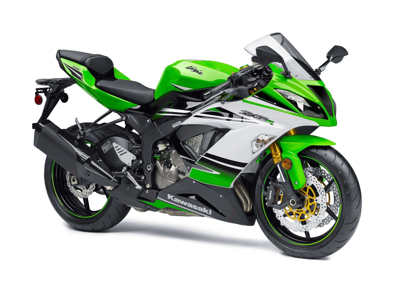 2015-Kawasaki-Ninja-ZX-6R-30th-Anniversary-01