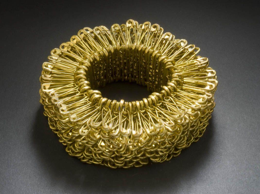 Bracelet Clémence Heugel. 'Hérisson' Brass Safety Pins